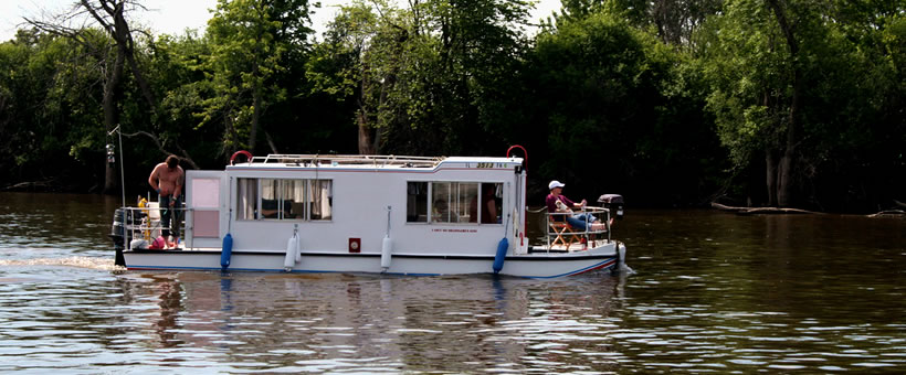 Houseboating in Illinois