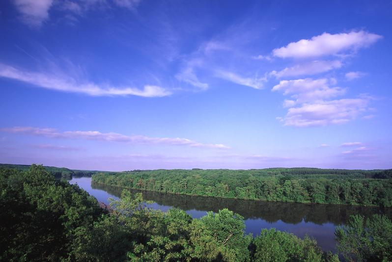 Illinois River Valley