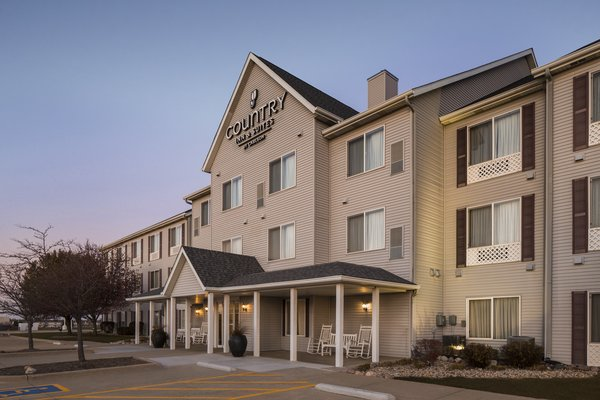 Country Inn & Suites - Bloomington Normal