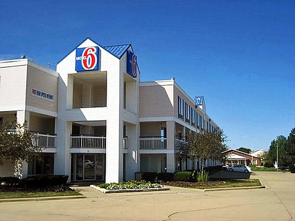 Days Inn & Suites - Normal